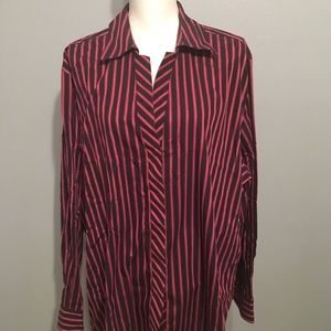 Like New 24W Foxcroft Button Up Top